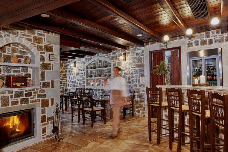 Υπερώον εστιατόριο - καφέ 9
