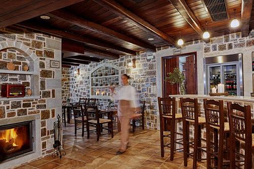 Υπερώον εστιατόριο - καφέ